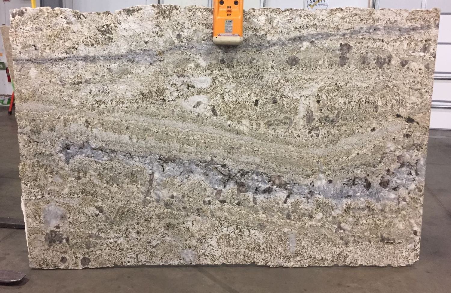 Arara Gold Granite Slab 30Mm